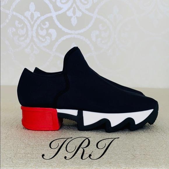 Unisex Blackred Neoprene Sneaker Size